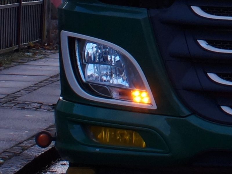 DAF Amber LED DRL Conversion kit XF +2017